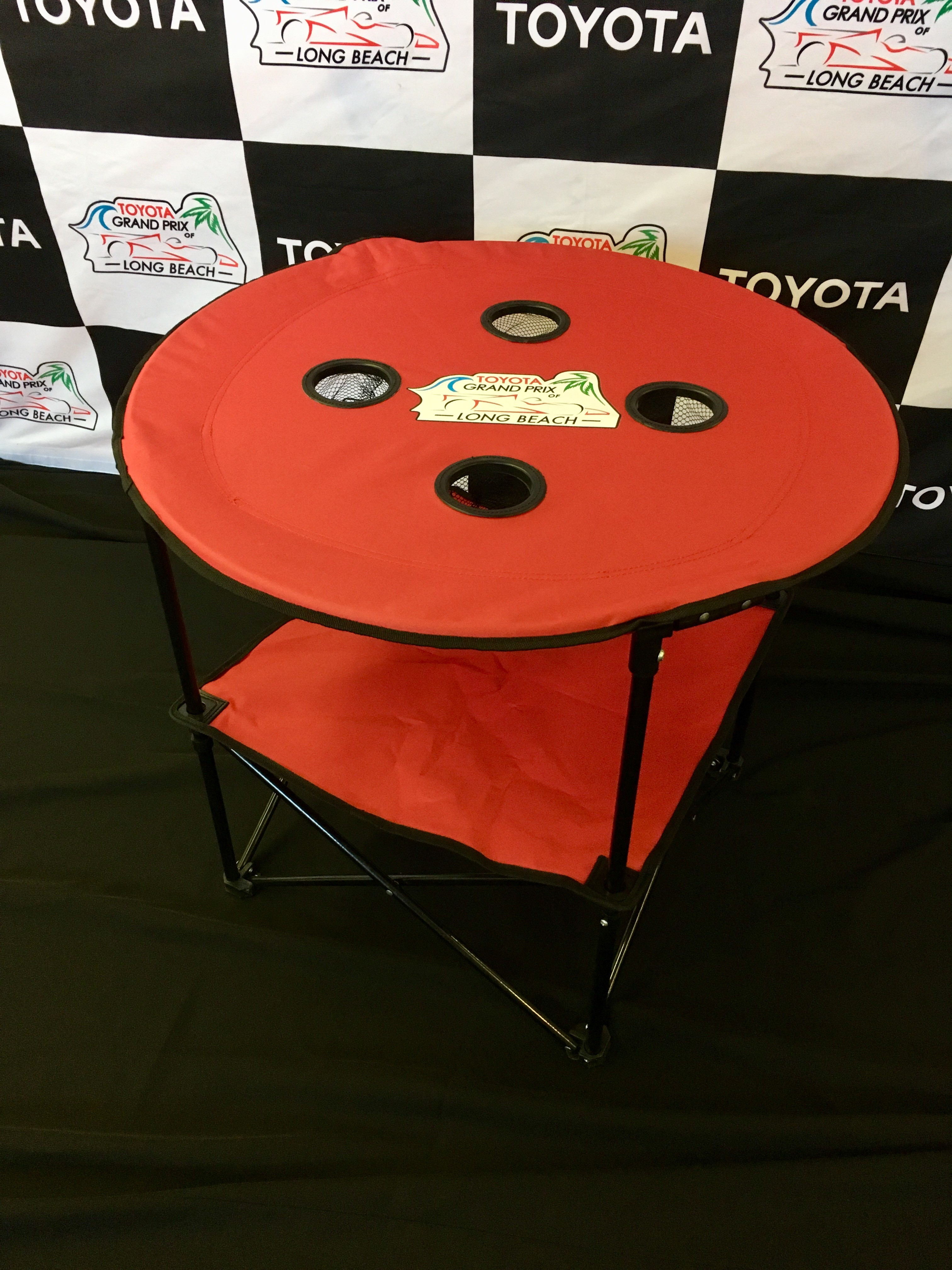 COLLAPSIBLE ROUND TABLE WITH 4 CUP HOLDERS U0026 CARRY BAG