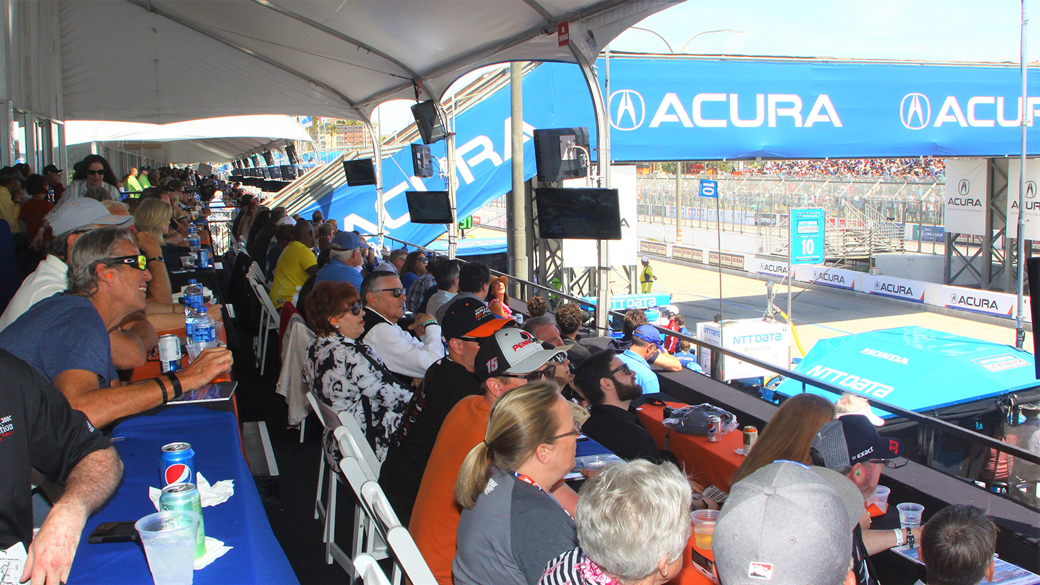 Trackside Suites Acura Grand Prix Of Long Beach
